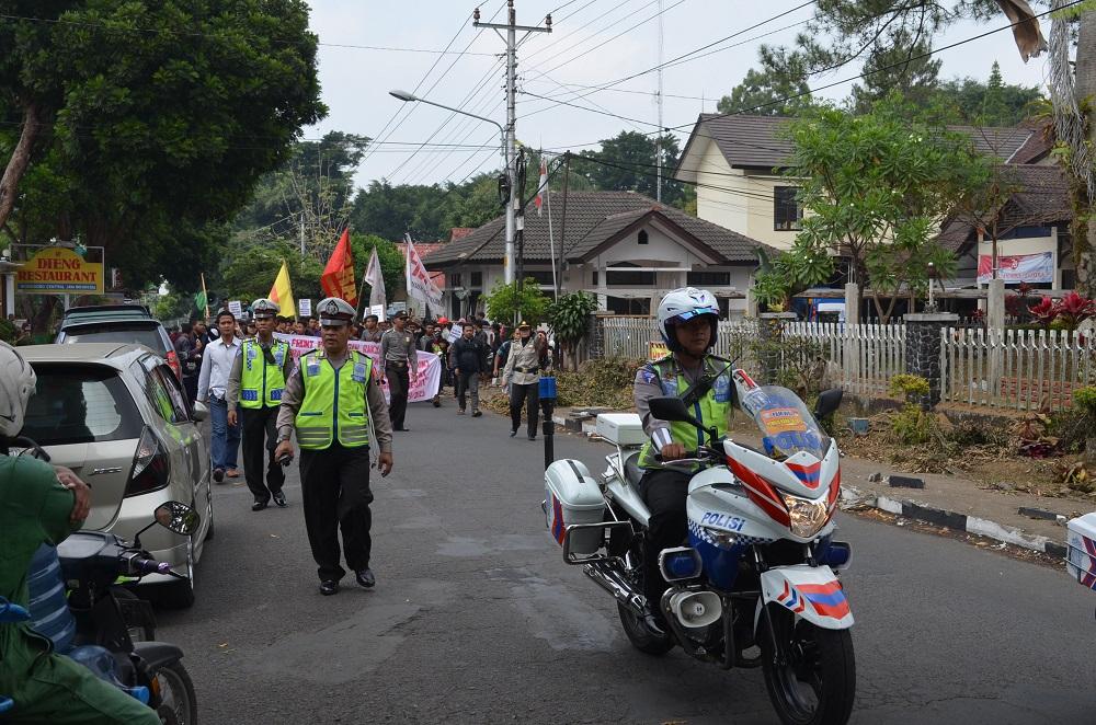 Unjuk Rasa Hari Tani Nasional