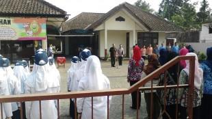 upacara hari kesaktian pancasila