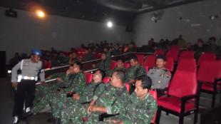 Nonton film bersama TNI Kodim 0707 Wonosobo