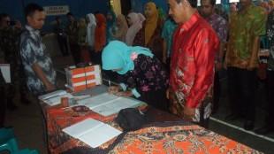 Pelantikan KPPS Sekecamatan Kepil di Aula Kelurahan Kepil Kab. Wonosobo