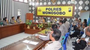 Gelar Anev Tahun 2015 Polres Wonosobo
