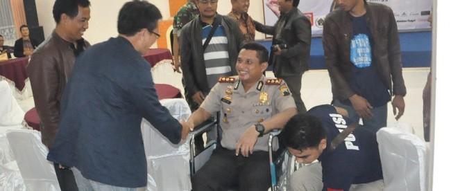 Kapolres Menerima ucapan dari Wartawan Senior Jawa Tengah