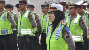 Emansipasi, Polwan Komandoi Apel Gelar Pasukan Operasi Simpatik Candi 2016 Polres Wonosobo