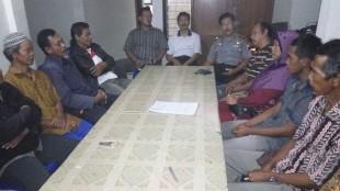 Musyawarah Keluarga Didik Suseno dan Keluarga Andi Budi Sutrisno beserta Kepala Desa dan Tokoh Masyarakat masing=masing pihak