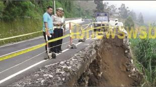 Kapolres Wonosobo Cek Lokasi bencana tanah Longsor