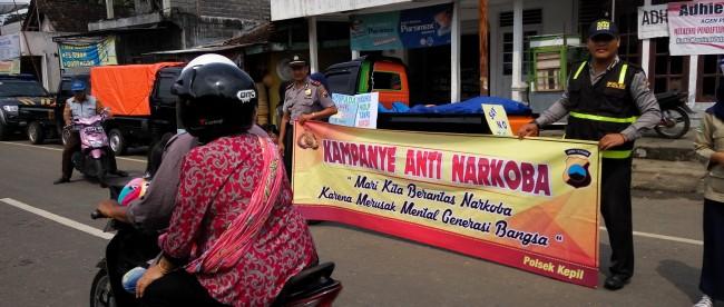 Anggota Polsek Kepil penuh semangat Kampanye Anti Narkoba