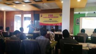 Bhabinkamtibmas menghadiri Forum Group Discussion di Resto Ongklok