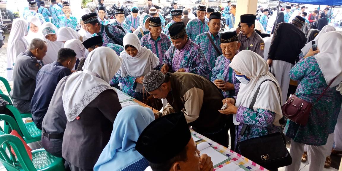 Para Calon Jamaah Haji asal wonosobo akan diberangkatkan dalam 4 Kloter